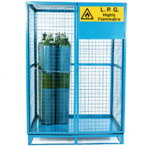Lock-Up Cage With Pallet Base - 1715D - Painted